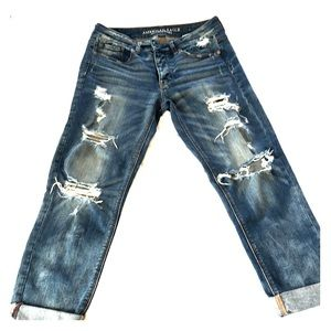 AE Tomgirl Jeans